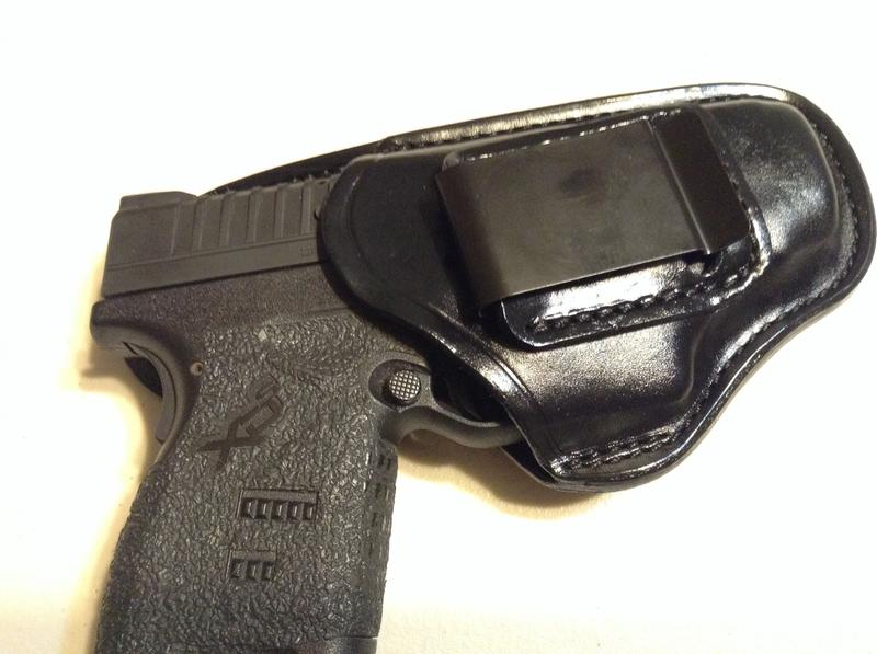 Model 100 Professional™ Inside Waistband Holster - The Safariland Group