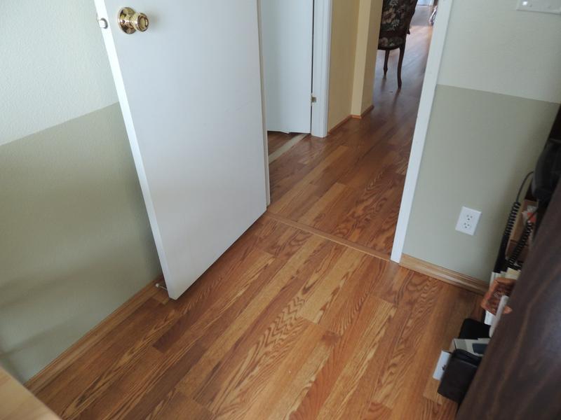 Flooring Tiles Traditional Living, Traditional Living Golden Amber Oak Laminate Flooring