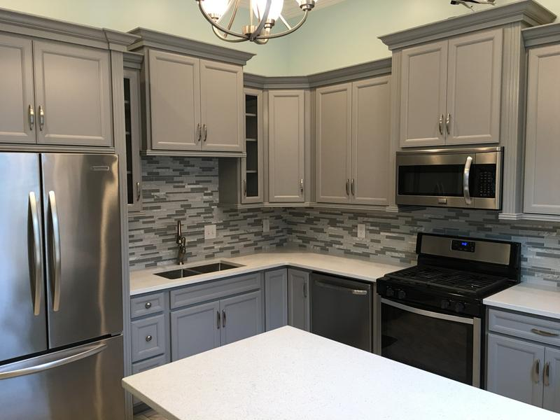 Transitional & Light Gray Kitchen Cabinets | Cardiff Collection