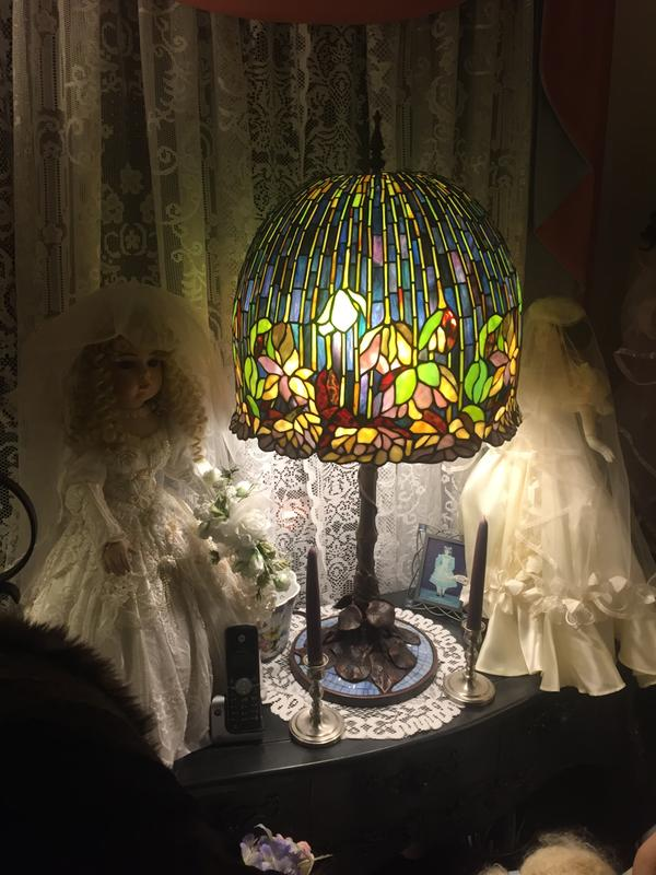 Tiffany Style 34 5 Pond Lily Stained Glass Table Lamp Evine