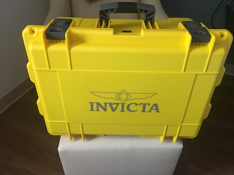 Invicta 50-slot collector suitcase gsn casino free slots and bingo