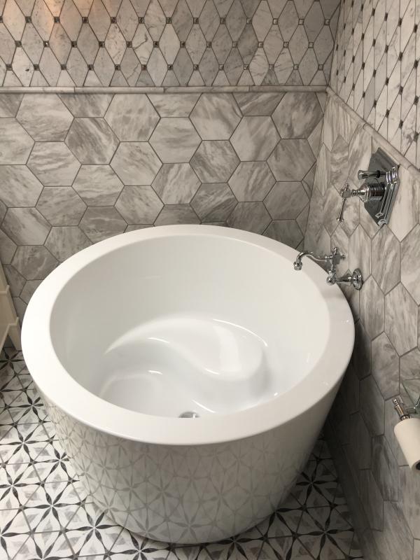41 Siglo Round Japanese Soaking Tub, Round Soaking Tubs