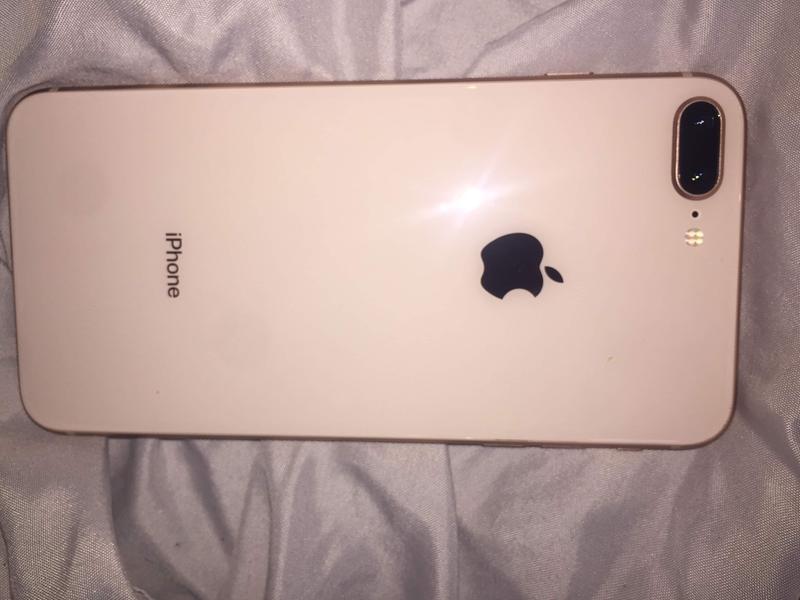 quality design 0f208 497b3 iPhone 8 Plus 64GB
