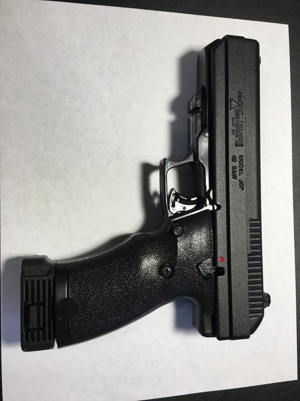 Hi-Point 40SW-B, Semi-Automatic,  40 Smith & Wesson, 4 5