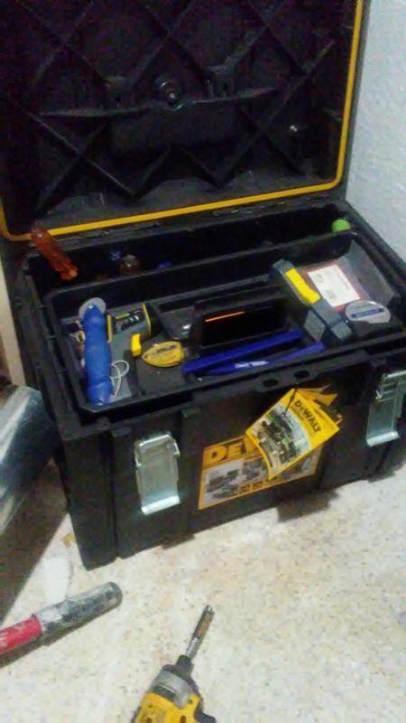 "Water-Resistant Tool Box Stanley 023001W 23/"" FatMax Structural Foam"