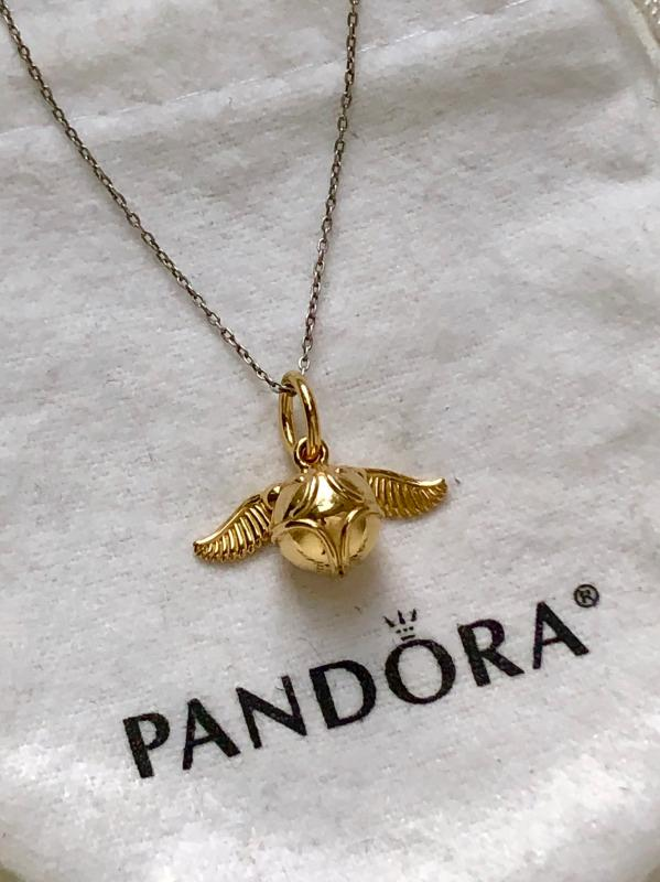 Harry Potter, Golden Snitch Pendant | Gold plated | Pandora Canada