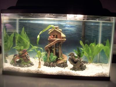 """Top Fin Tree House Aquarium decorations Ornaments 5.12/""""L x 5.12/""""L x 8.5/""""H"""