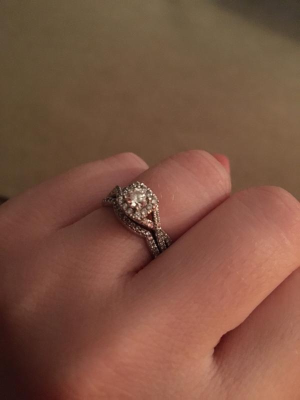 e5ec9ac0bc7ab7 0.70 CT. T.W. Certified Canadian Diamond Twist Shank Bridal Set in ...