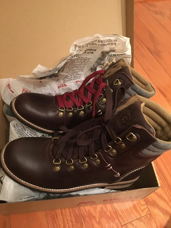 Real Color Of The Brown Boots