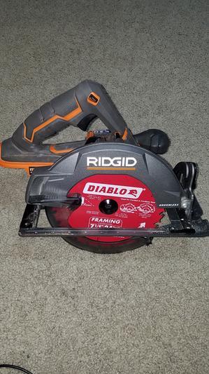 Brushless 18v 7 1 4 In Circular Saw Ridgid Tools Ridgid