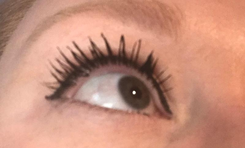 65ae644e64e With the mascara my lashes have great length, a little clump but think  that's due
