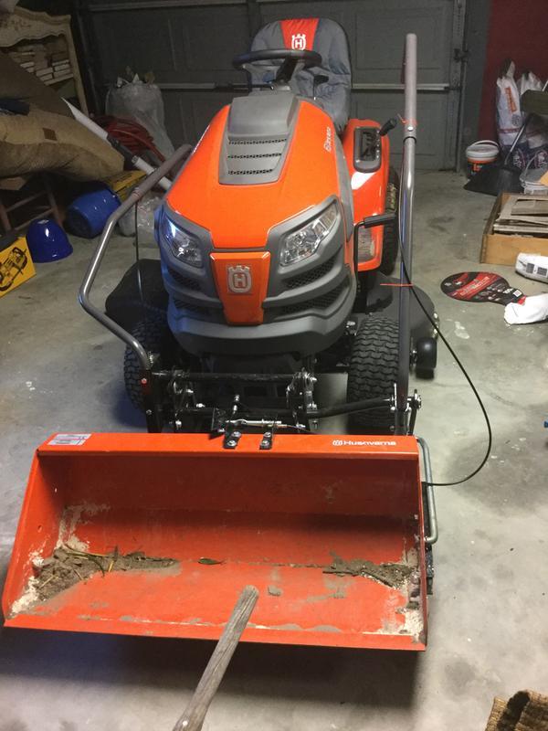Husqvarna YTA22V46 46 inch 22HP Riding Lawn Mower 724cc 960450051