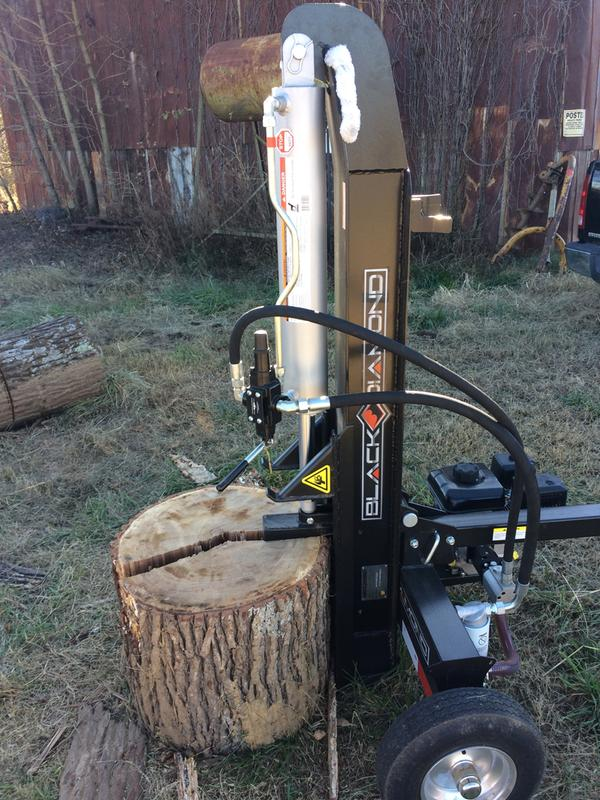 Black Diamond 25 Ton Log Splitter