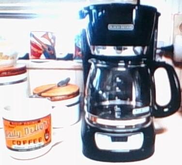 BLACK+DECKER 12-Cup Programmable Coffee Maker, CM1060B - Walmart.com