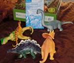 Dinosaur set.