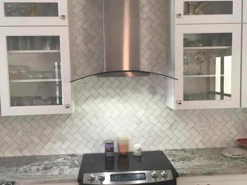 Stainless Steel 36 Concave Glass Wall Mount Range Hood Wvw51uc6fs Whirlpool