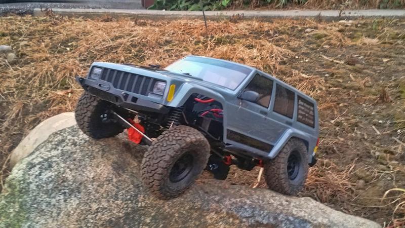 Axial 1/10 SCX10 II Jeep Cherokee 4x4 RTR