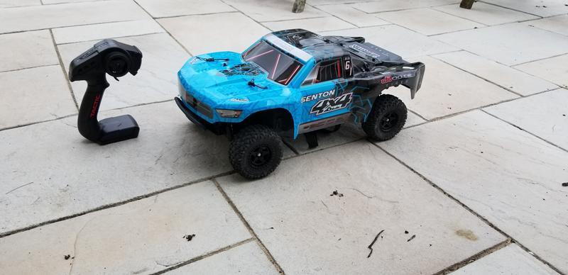 ARRMA 1/10 SENTON 4x4 MEGA Short Course Truck Blue/Blck