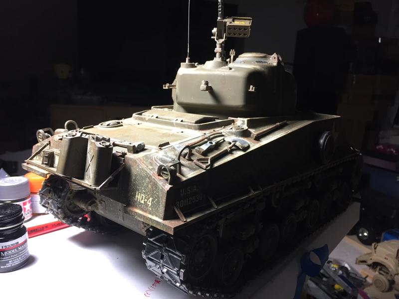 Tamiya 1/16 M4 Sherman Tank 105mm Kit