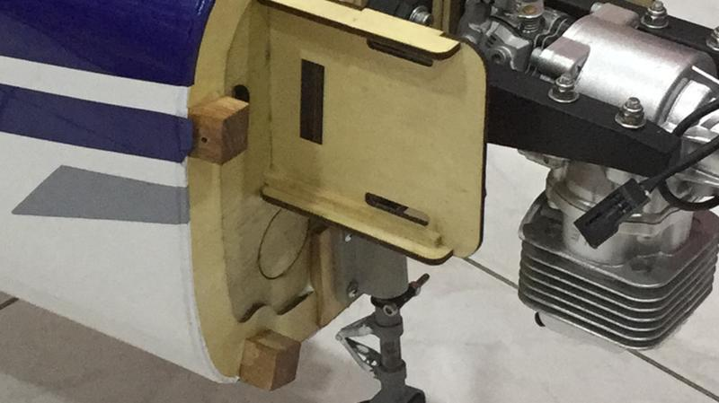 Robart Fixed Steerable Nosegear w/Fork 3/8