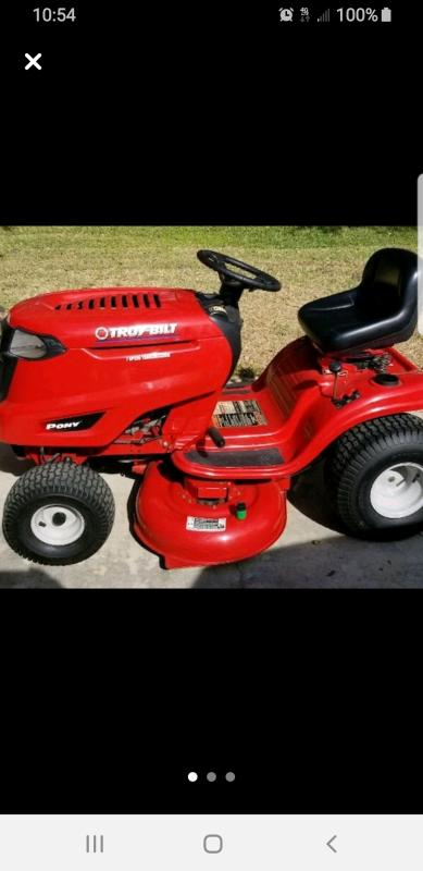 Pony™ 42 Lawn Tractor