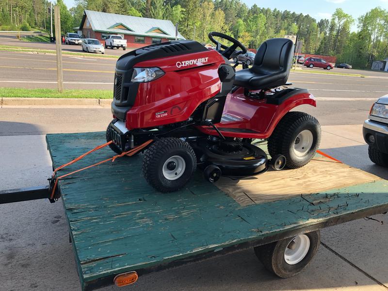 Super Bronco™ 46 Lawn Tractor