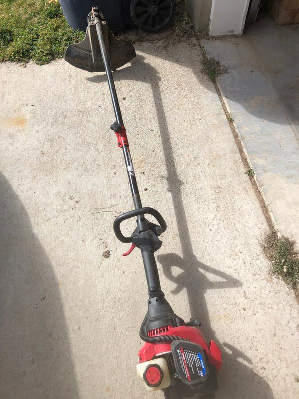 TB32 EC Straight Shaft String Trimmer