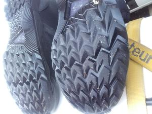 Hardly worn sole.