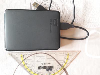 WESTERN DIGITAL ELEMENTS 1TB BLACK